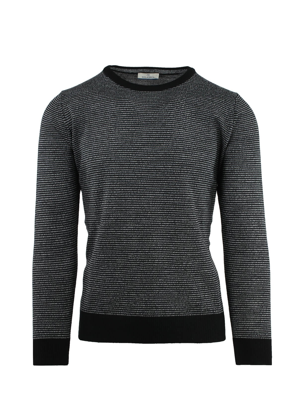 ROUND NECK SMALL LINES